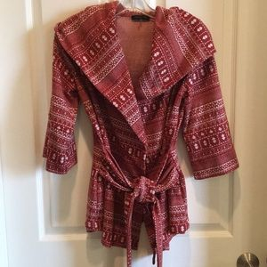 Rust colored sweater with hoodie